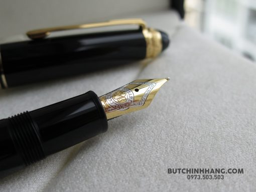59437772 10156225156198715 4488193197427654656 o 510x383 - Bút Montblanc 147 75th Anniversary Special Edition Fountain Pen
