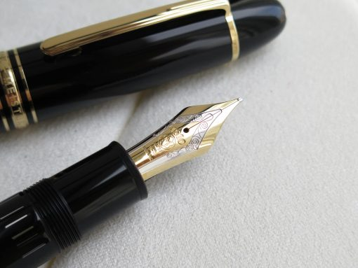 Bút Montblanc Meisterstuck Gold-Coated 149 Fountain Pen 115384